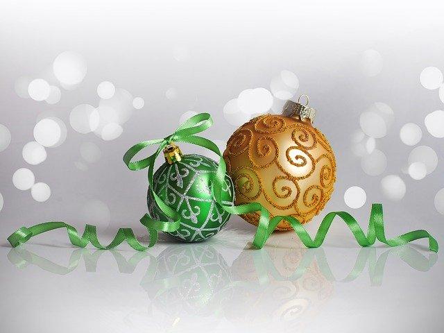 christmas-decorations-1816478_640
